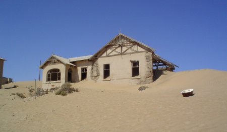 Kolmanskop Ghost Town tour from Lüderitz